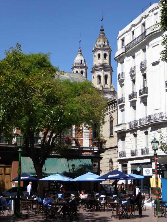 Plaza Dorrego, San Telmo buenos aires