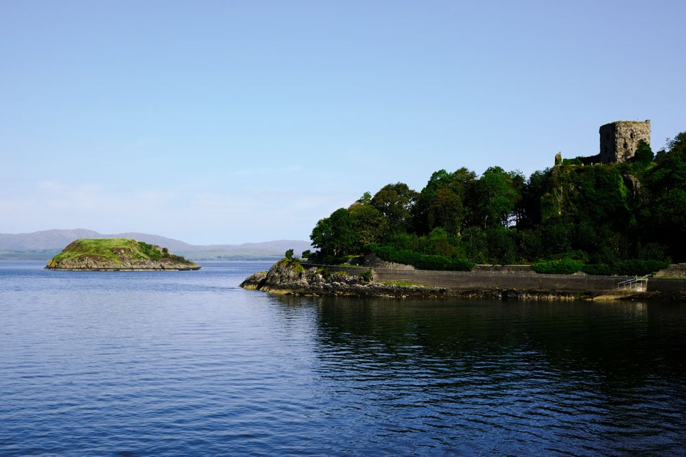 dunollie-castle-with-bay-in-foreground-one-of-the-best-things-to-do-in-oban