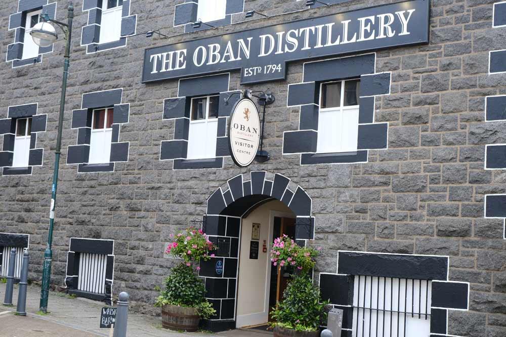 oban-distillery-exterior