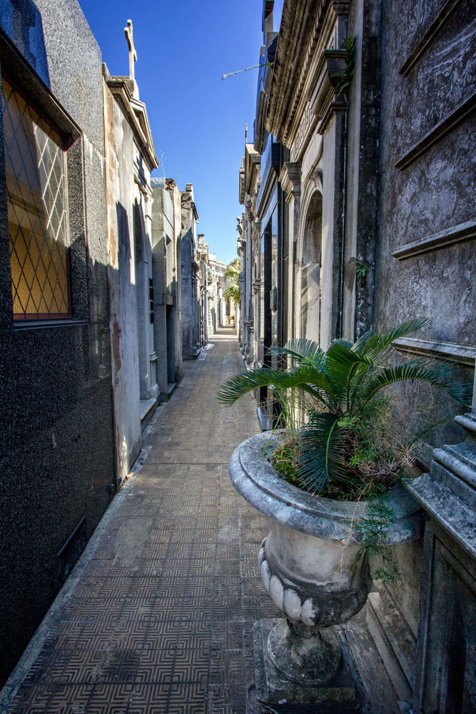 One of Recoleta Cemetery's shaded walkways