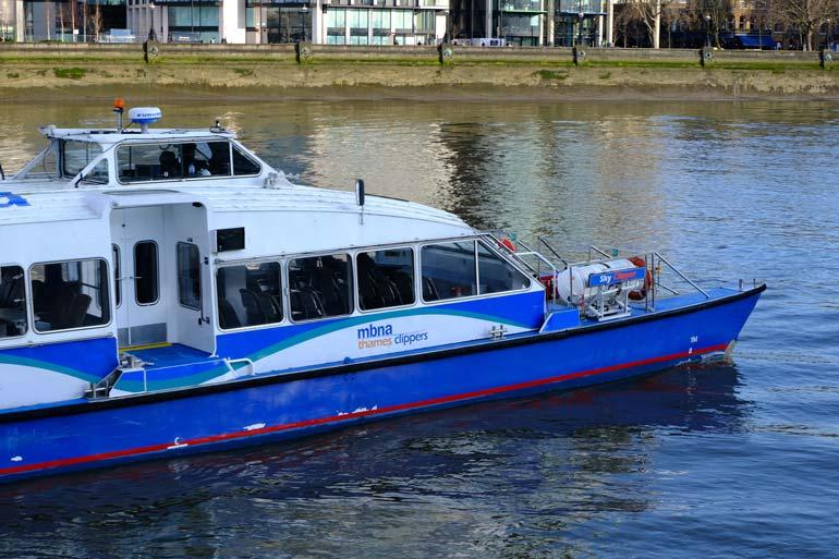 thames-clipper-boat