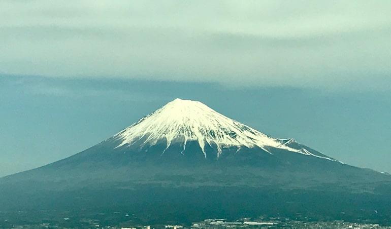 japan-mt-fuji-view-from-shinkansen