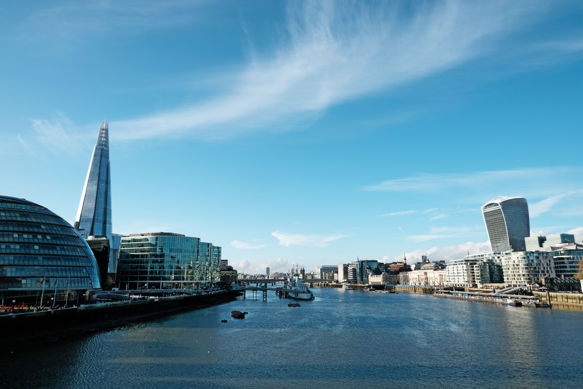 river-thames-with-city-hall-shard-and-walkie-talkie-building