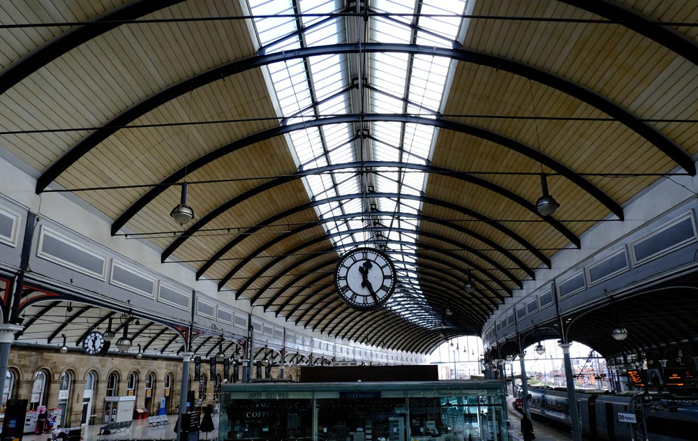 vaulted ceiling and interior of newcastle railway station