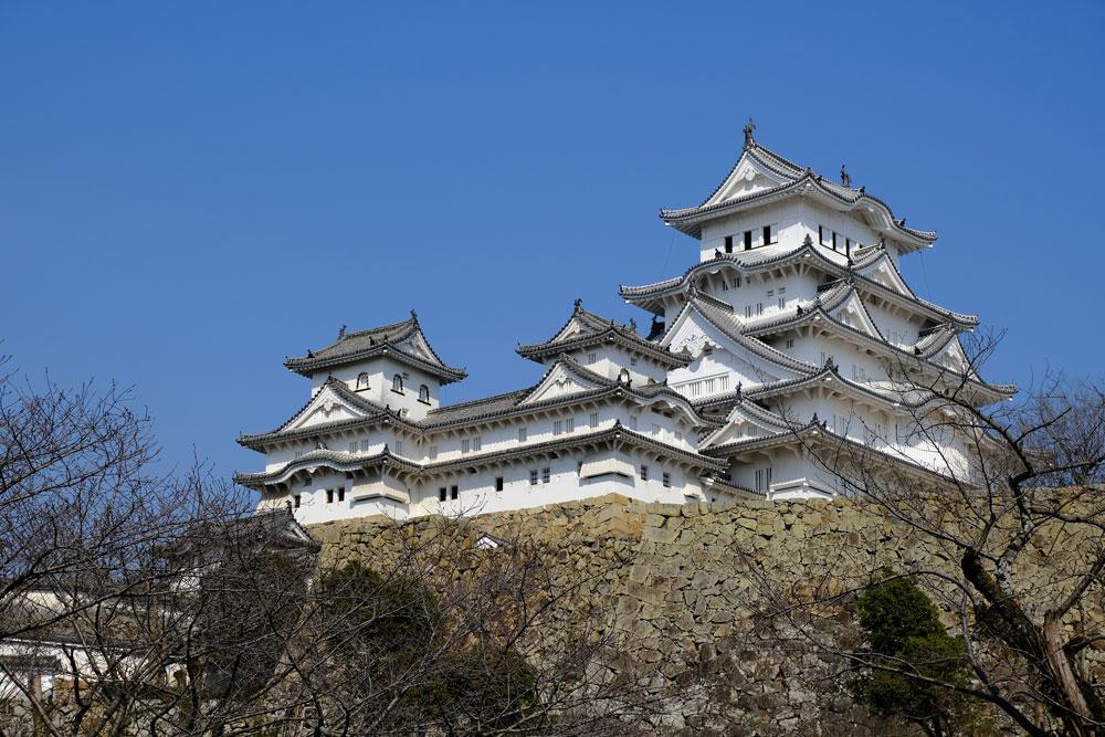himeji castle against a blue sky