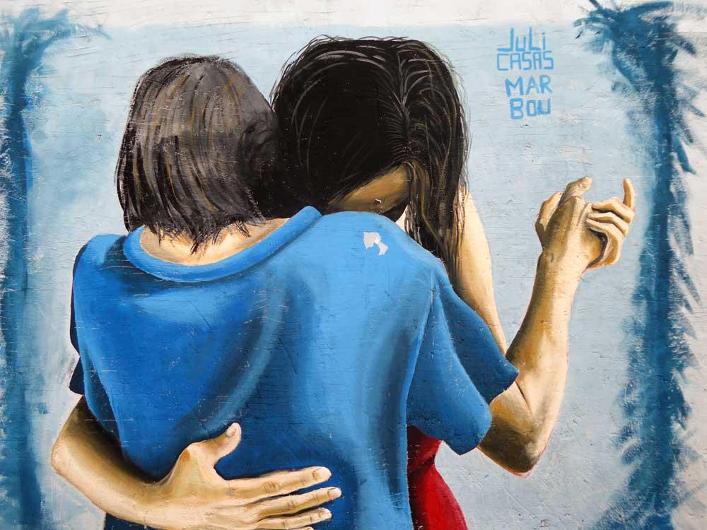 street art of 2 people dancing
