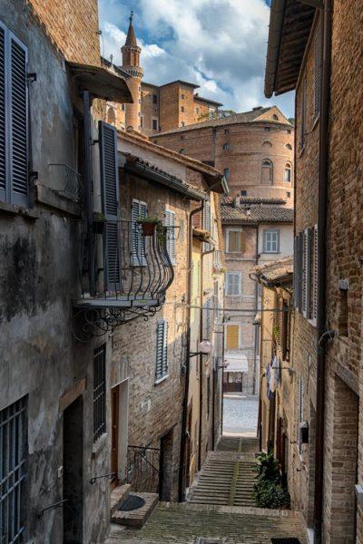 narrow street in urbino italy