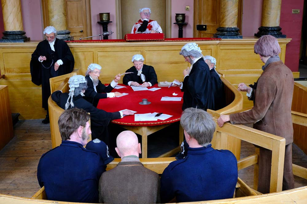 mannequins of people in an old court room in Inveraray scotland