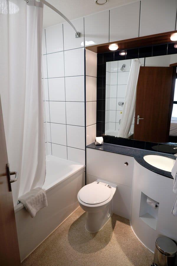 bathroom in premier inn hotel albert dock