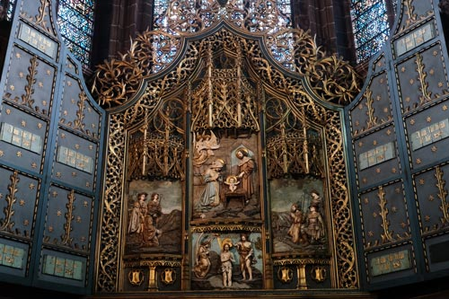ornate altar in liverpool cathderal